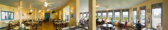 Parkland Village Inn: Dinner room