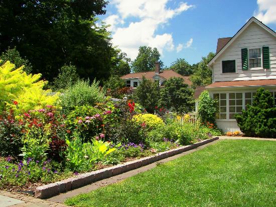 The Frelinghuysen Arboretum: Perennial Garden