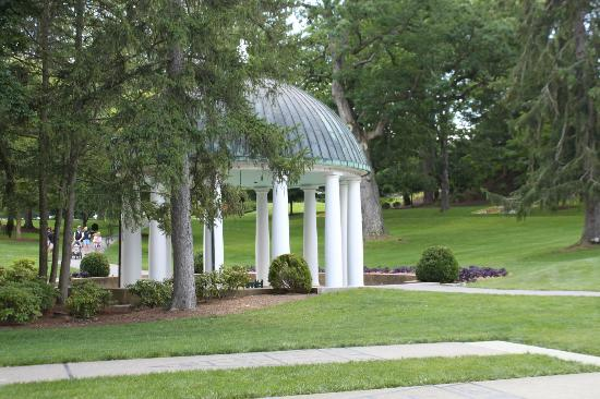 The Greenbrier: the spring house which is the reason the town is called white sulphor springs