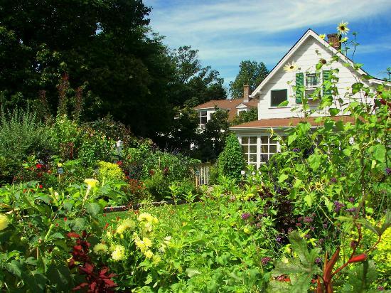 The Frelinghuysen Arboretum: Garden House