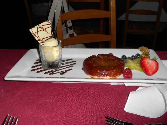Chez Borivage: French Apple Pie with Ice Cream