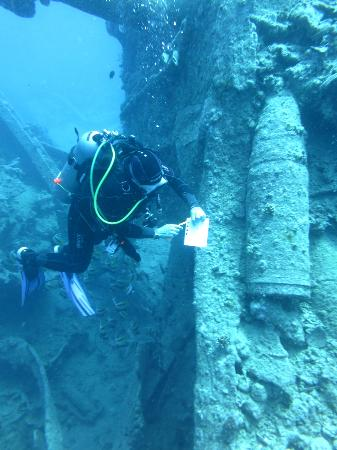 Dive Africa : SS Thistlegorm with Sean