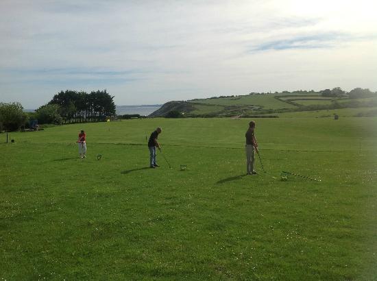 Dioxka Golf Academie : Vue du Practice de la Corniche