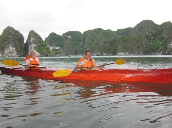 Darian Culbert: canoeing at ha long bay