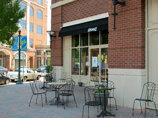 Aromas World - Specialty Coffees & Gourmet Bakery: Aroma in Newport News