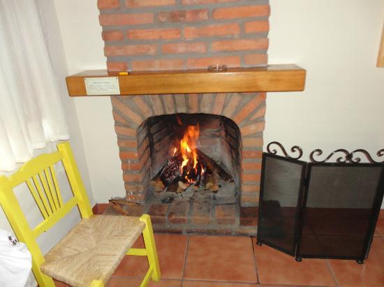 BEST WESTERN Sierra Mazamitla: chimenea