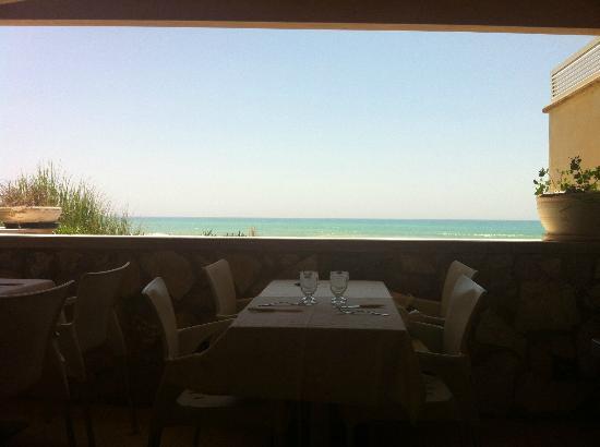 Hotel Mar&Sol: Questo è il ristorante! si vede il mare turchese?