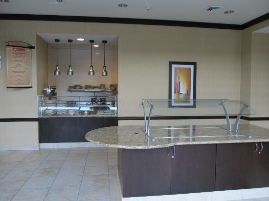 Hilton Garden Inn Arlington/Shirlington: Dining area