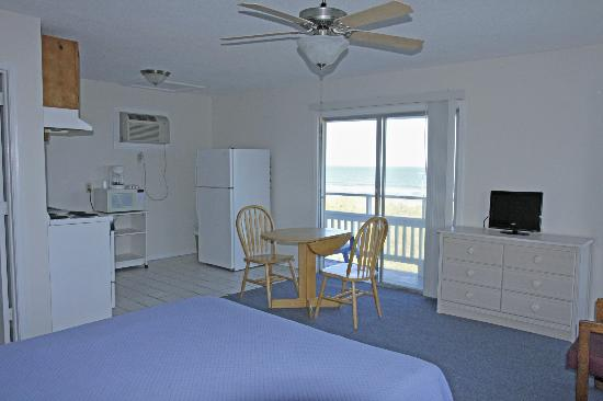 Surfside Lodge Oceanfront: Efficiency