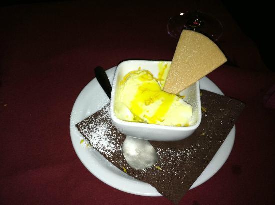 Il Genio Italiano: Delicious Lemon Sorbet Dessert