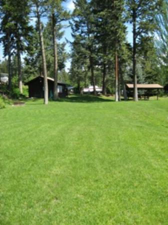 Woods Bay RV Park & Marina: Common area