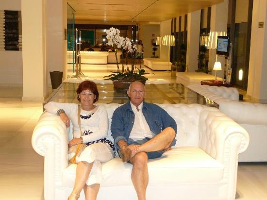 Hipotels Gran Conil : Una parte de la entrada del hotel, es soberbia