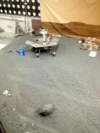 Jet Propulsion Laboratory: Mars Rover Building