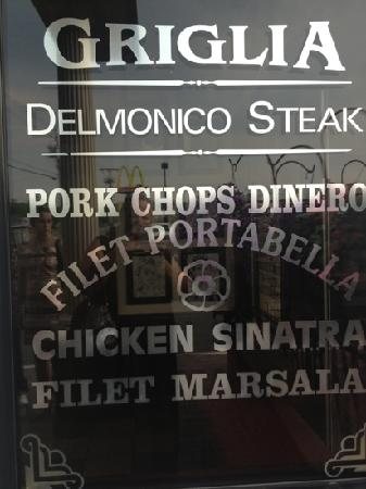 Delmonico's Italian Steakhouse : beautiful restaurant!