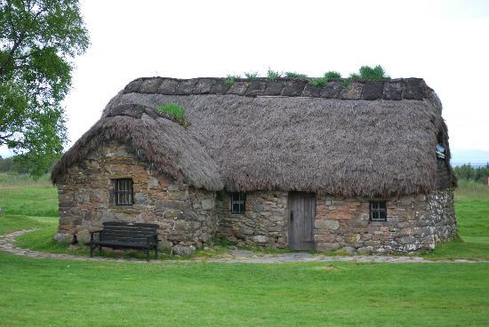Culloden Battlefield: Thatch house