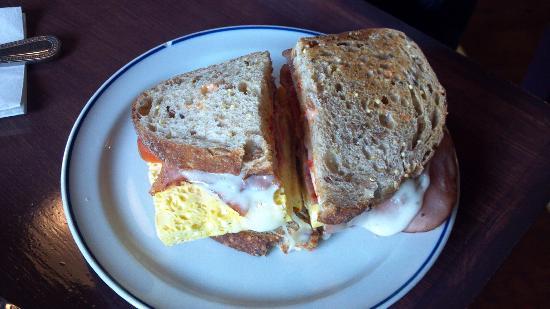 Green Bean On Water: Breakfast Sandwich