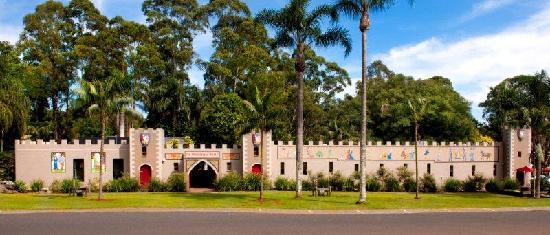 Macadamia Castle
