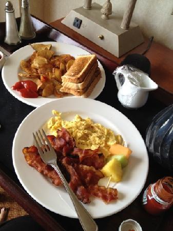 Atlantica Hotel Halifax: best breakfast ever!!