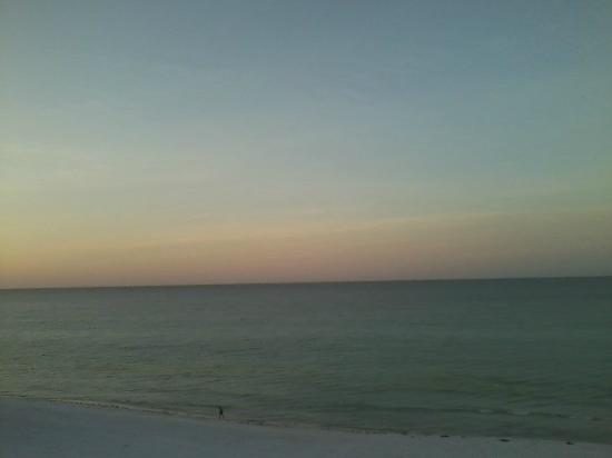Destin Gulfgate: Gulf view from balcony of Gulf!