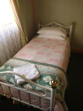 Annie's Shandon Inn : Notice the center...