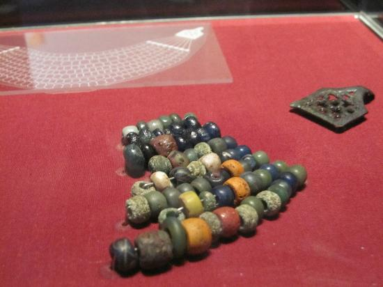 Lindholm Hoeje Museum: Beads recovered from the site