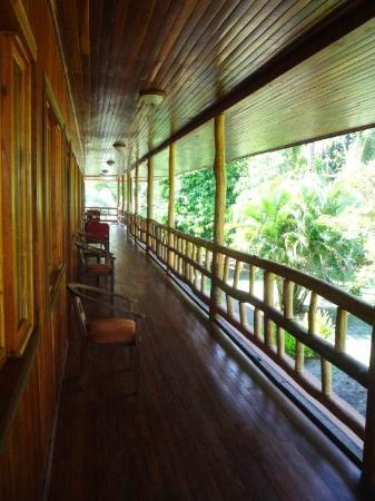 Hotel Miss Junie's: View of hallway