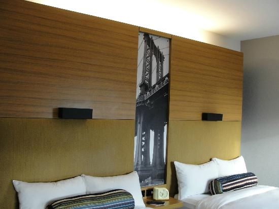 Aloft New York Brooklyn: two double beds