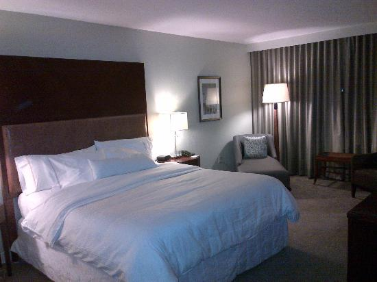 The Westin Mount Laurel: king bed