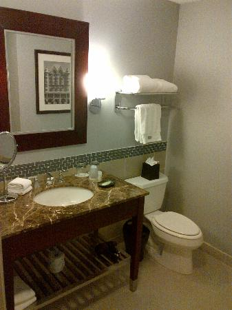 ‪‪The Westin Mount Laurel‬: bathroom