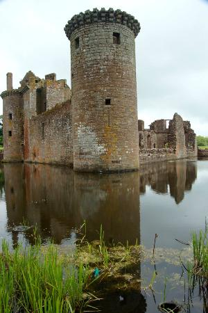 Dumfries, UK: Squelching at the edge of the moat