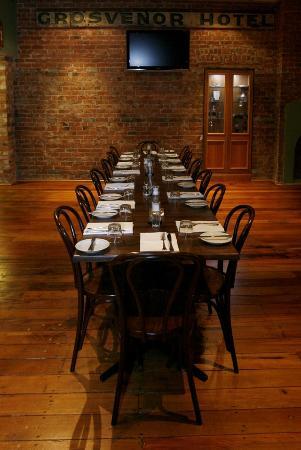 TGB Bar & Restaurant : Intimate & Homely