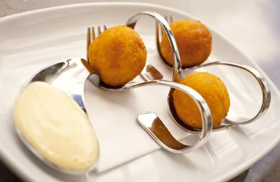 Salsa Tapas Wine Bar Cafe: Pumpkin & Feta Arancini