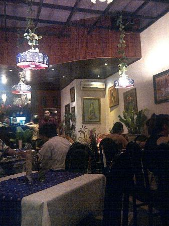 Malee Thai Restaurant : Downstairs dining