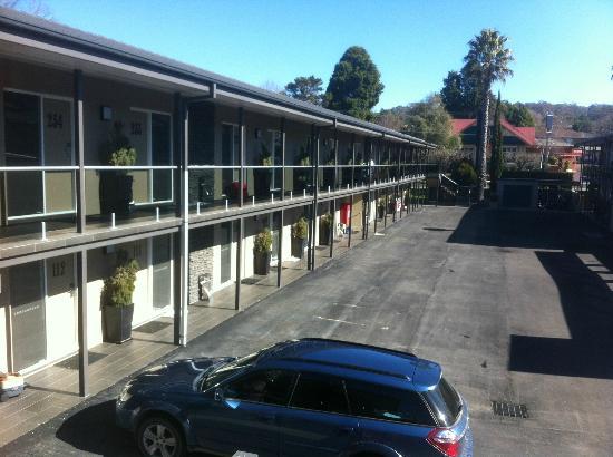 Quality Hotel Powerhouse Armidale: the car park