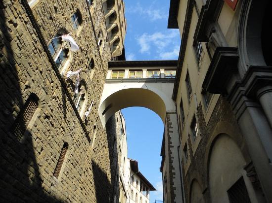 Corridoio Vasariano: Crossing from Uffizi to Palazzo Vecchio