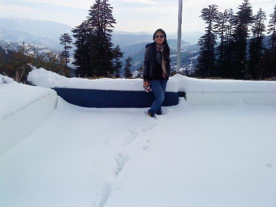 Kufri Ski Resort : Snow snow every where.. :)