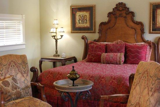 The Spring Street Inn B&B: Beautiful Hot Springs Arkansas