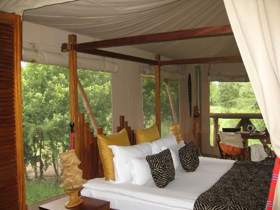Neptune Mara Rianta Luxury Camp: tent