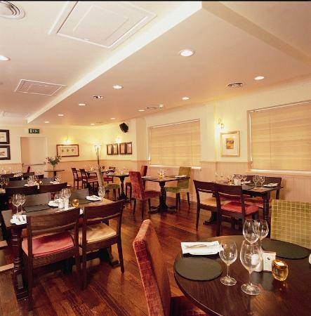 The Crown Lodge Hotel Restaurant: Restaurant