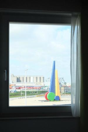 Zeebrugge, เบลเยียม: Vue de la chambre 310.