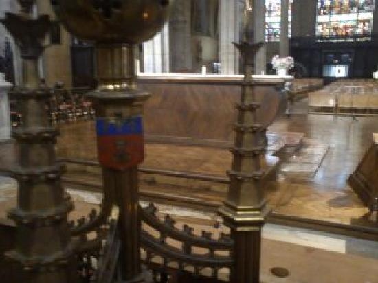 Église Saint-Michel-des-Lions : lions5