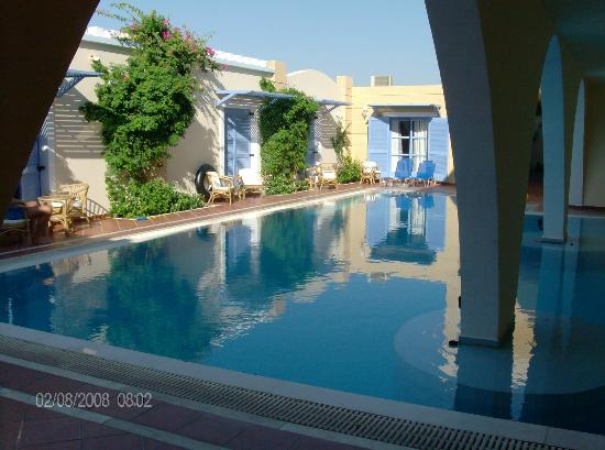 Mitsis Summer Palace Beach Hotel: une piscine pour quelque chambres