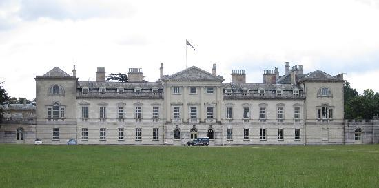 Woburn Abbey and Gardens: View of the house as you pass by in the car