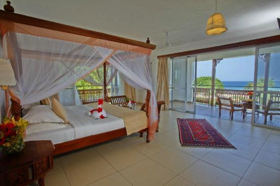 Royal Zanzibar Beach Resort: A Corner Guest Room