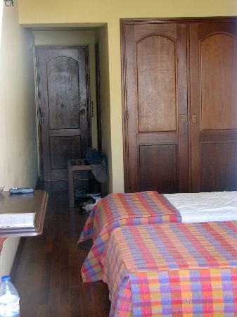 Montemar: Pokój drzwi wejściowe