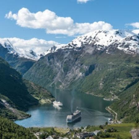 Geiranger - Grande to the right on thje picture