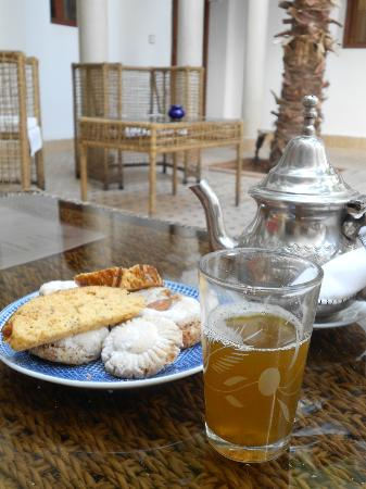 Le jardin d'Abdou: Welcome mint tea