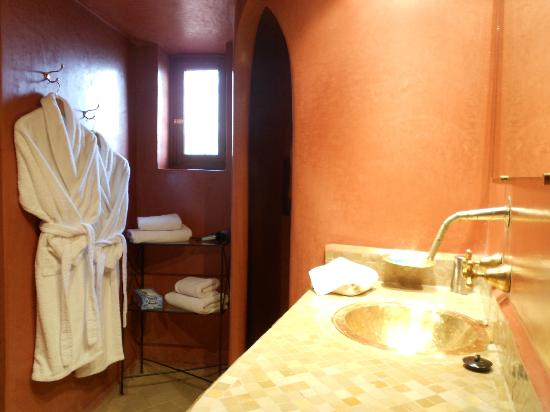 Le jardin d'Abdou: Bathroom