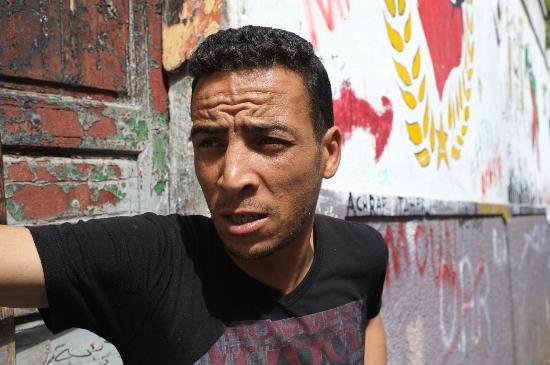 Riad Marlinea : Local people