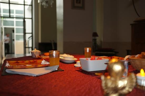 Riad La Villa & SPA : Dining room
